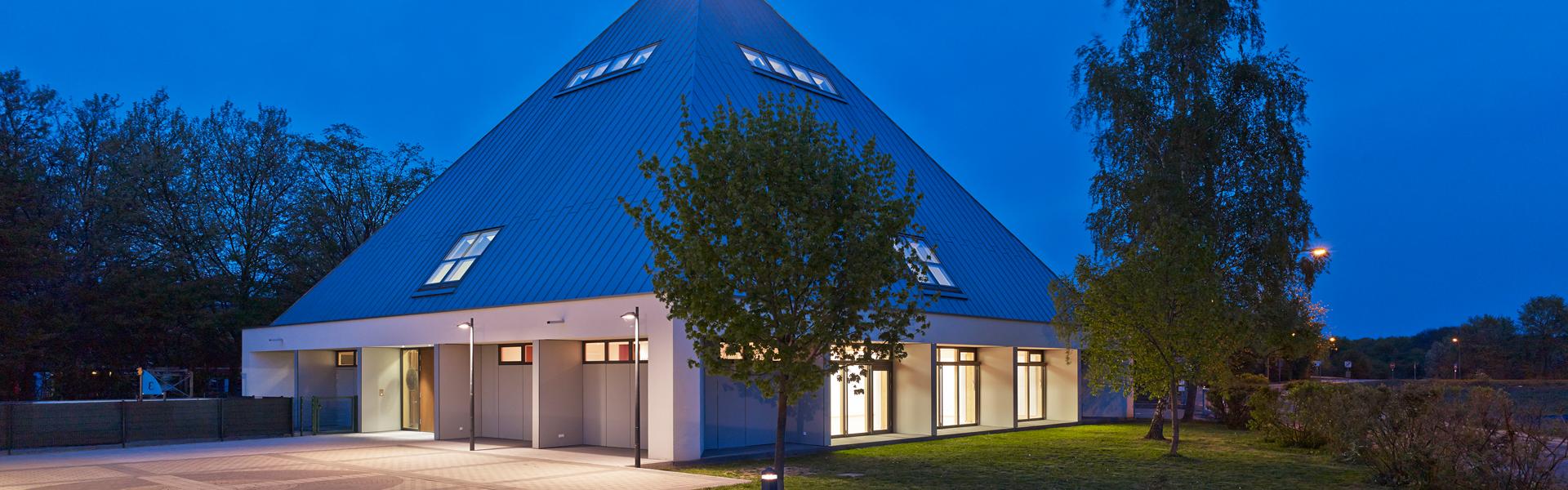 katholische kirche pfarrgemeinde heilig kreuz bergen enkheim katholische pfarrgemeinde. Black Bedroom Furniture Sets. Home Design Ideas